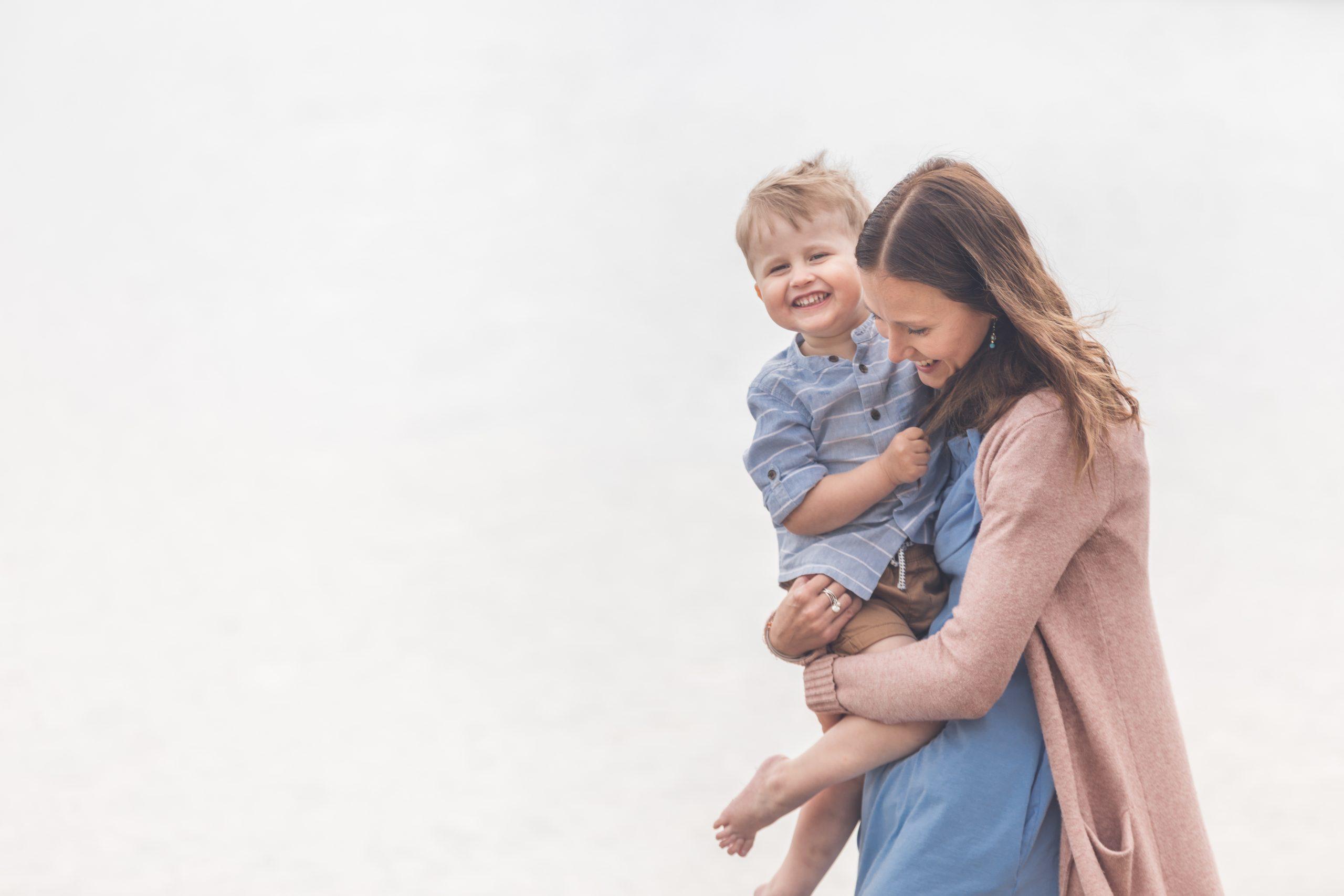 Äiti-lapsikuvaus miljöössä